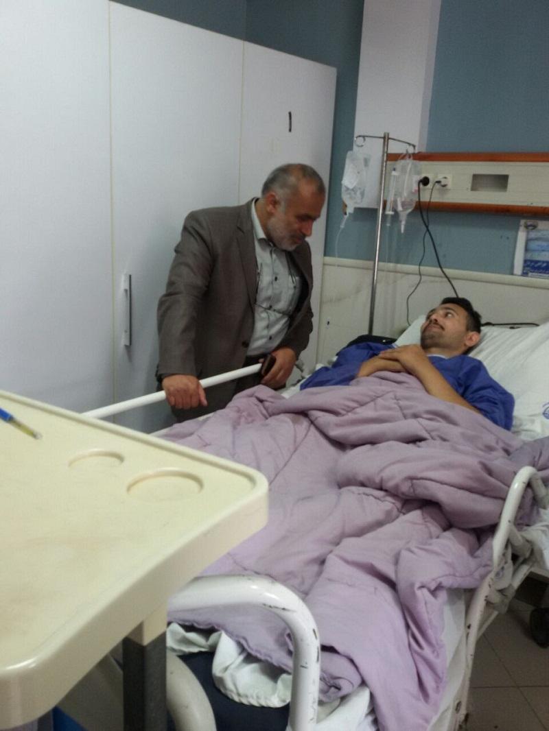 بازدید حاج آقا حسینی از مددجوی بستری در بیمارستان