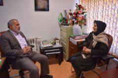 شانه مهربانی بر زلفهای سپید مادران سالمند  آسایشگاه